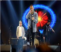 على أنغام «يتعلموا».. عمرو دياب ينشر فيديو من حفل «MSA»