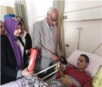 وفد من جامعة الإسكندرية يزور أبطال القوات المسلحة