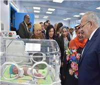 صور| «الخشت» يفتتح وحدة حديثي الولادة في «أبو الريش» بتكلفة 5 مليون جنيه