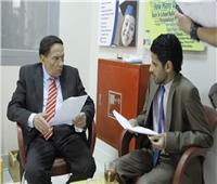 «عادل إمام» يرد على شائعة تدهور حالته الصحية بمقطع فيديو