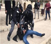 الأوقاف الإسلامية: قوات الاحتلال تعتدي على المصلين بالمسجد الاقصى