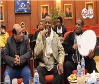 فيديو| حسن عبد المجيد يُغني «ربك هو العالم» في ليلة تكريم أحمد منيب