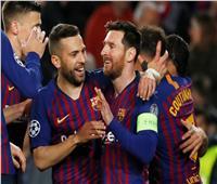فيديو| برشلونة يضرب ليون بهدفي «ميسي وكوتينيو» في الشوط الأول