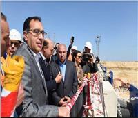 رئيس الوزراء يتفقد عددا من المشروعات والمصانع بالمنطقة الاقتصادية لقناة السويس