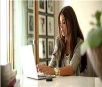 ضغوط العمل تؤدى إلى زيادة الوزن لدى النساء