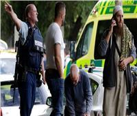 أحد الناجين من مذبحة نيوزيلندا: «اختبأنا تحت السيارات هربا من الرصاص»