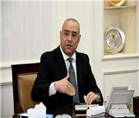 وزير الإسكان يطلق التيار الكهربائي لتغذية الكورنيش بالعلمين الجديدة
