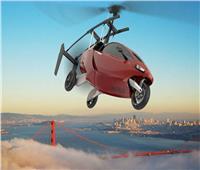 """بالصور..تعرف على """"السيارة الطائرة"""" الأولى من نوعها في العالم"""