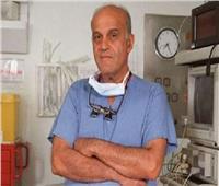فيديو  حقيقة نقل الدكتور مجدي يعقوب للعناية المركزة