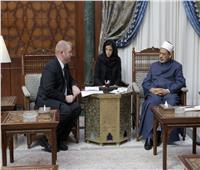 الإمام الأكبر يشيد بموقف رئيسة وزراء نيوزيلاندا تجاه حادث المسجدين
