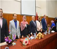 محافظ بورسعيد يشهد احتفال جمعية روافد الخير بعيد الأم