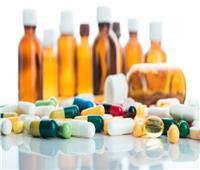 فيديو| تأثيرات مدمرة للمضادات الحيوية على جسم الإنسان.. تعرف عليها