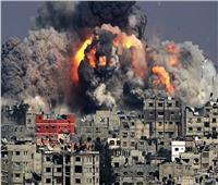 شاهد.. لحظة استهداف طائرات الاحتلال لمباني مدنية بغزة