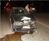 مصرع شخص وإصابة 10 في تصادم سيارتين بوادي حجول
