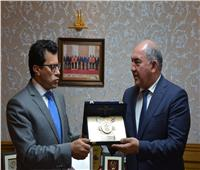 وزير الشباب والرياضة يبحث تفعيل أطر التعاون مع أوزبكستان