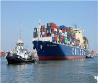 رغم حركة الرياح.. عبور ٥٦ سفينة قناة السويس