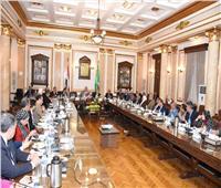 رئيس جامعة القاهرة: نسعى لسد الفجوة بين البحث العلمي واحتياجات الدولة
