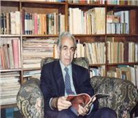 جمال الشاعر وذكرى الأديب يوسف عز الدين عيسى بمعرض الإسكندرية للكتاب