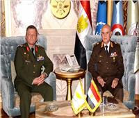 رئيس أركان القواتالمسلحة يلتقي قائد الحرس الوطني القبرصي
