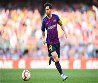 ميسي على دكة بدلاء برشلونة أمام فياريال.. وسواريز وكوتينيو يقودان الهجوم