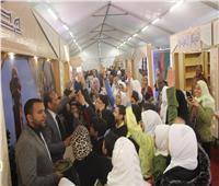 جناح الأزهر مقصد الشباب والطلاب بعرض الإسكندرية للكتاب