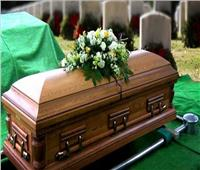 شاهد| العثور على بقايا امرأة شابة أنجبت طفلاً في قبرها