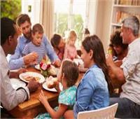 فن الاتيكيت|«علشان اليوم يعدي».. 10 نصائح عند اصطحاب الأطفال في الزيارات العائلية