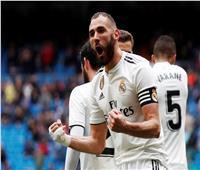 فيديو| ثنائية بنزيما تقود ريال مدريد لتخطي عقبة إيبار