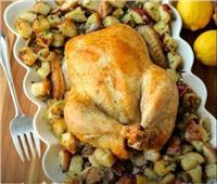 طبق اليوم.. «دجاج روستو فى الفرن مع مكعبات البطاطس بالأعشاب»