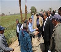 وزير الزراعة يتفقد نماذج إرشادية لترشيد استهلاك المياه بأسيوط