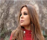 فيديو.. كارول سماحة توجه رسالة لجمهورها من بروفة حفلها مع العندليب