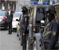 ضبط 52 متهمًا في قضايا مخدرات وسلاح بالجيزة