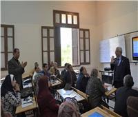 «التعليم» تتابع سير عملية تدريب المعلمين على التقدير الإلكتروني