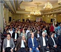 عمال العاشر من رمضان يعلنون تأييدهم للتعديلات الدستورية