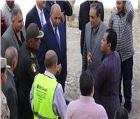 رئيس جامعة المنيا يتفقد مبنى مستشفى «ثلاثي الأجنحة»