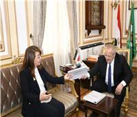 رئيس جامعة القاهرة يبحث مع وزيرة التضامن مشروع «مودة»