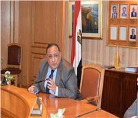 رئيس جامعة حلوان يعقد اجتماعُا مع اتحاد الطلاب والعباقرة