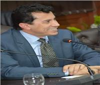 قرار هام من وزير الرياضة بشأن أعضاء «مركز شباب الساحل»