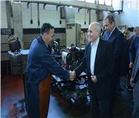 «العصار» يتفقد شركة حلوان لمحركات الديزل «مصنع 909 الحربي»