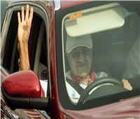 بساطة مهاتير محمد تسرق الأضواء في حفل ختام سباق لنكاوي