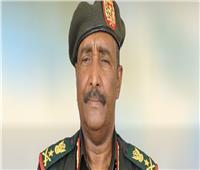 أعضاء المجلس العسكري الانتقالي السوداني يؤدون القسم أمام رئيسه