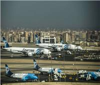 رغم سوء الأحوال الجوية.. انتظام حركة الملاحة بمطار القاهرة