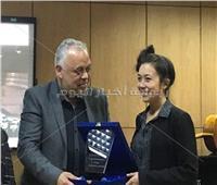 رئيس أكاديمية الفنون يكرم الفنانين المشاركين في مهرجان «الموسيقى المعاصرة»