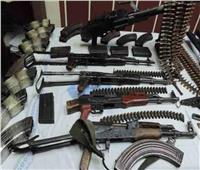 ضبط 169 قطعة سلاح ناري و151 قضية مخدرات بالمحافظات
