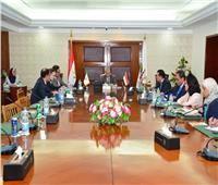 وزير التنمية المحلية يستعرض منظومة التخطيط المحلي مع البنك الدولي