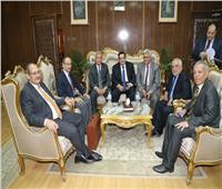 محافظ المنوفية يستقبل اللجنة الفنية الدائمة لشؤن المناطق الحرة