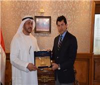 وزير الرياضة يلتقي رئيسي الاتحاد الدولي والعربي للدراجات