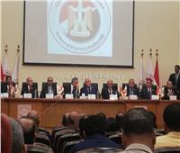 رئيس الوطنية للانتخابات يطالب المواطنين باصطحاب أبنائهم للجان اقتراع الاستفتاء