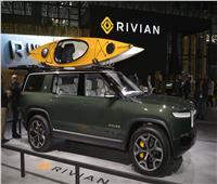 صور| Rivian تعرض طرازات R1S SUV و R1T بمعرض نيويورك للسيارات