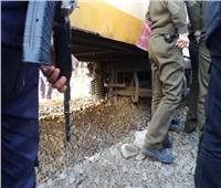 صور| خروج قطار عن القضبان بكفر الشيخ